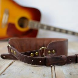 GS47 Deluxe Leather Guitar Strap - Brown