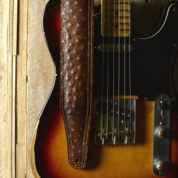 GS61-O Padded Leather Guitar Strap - brown relic