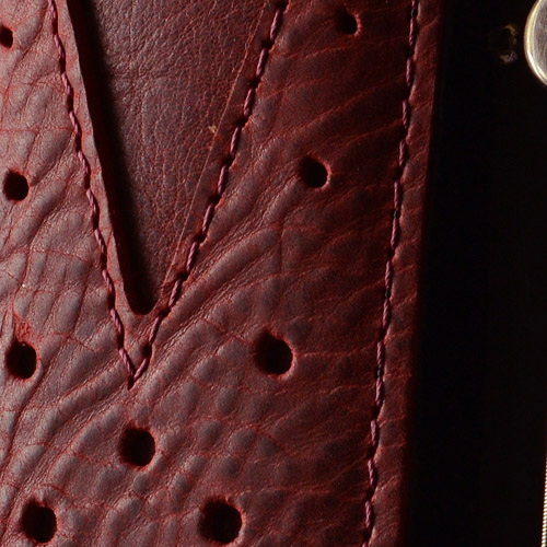 Pinegrove Leather GS75 guitar strap in red