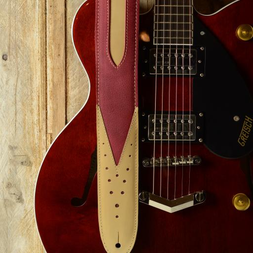 GS70 Skyrocket Guitar Strap - red & cream