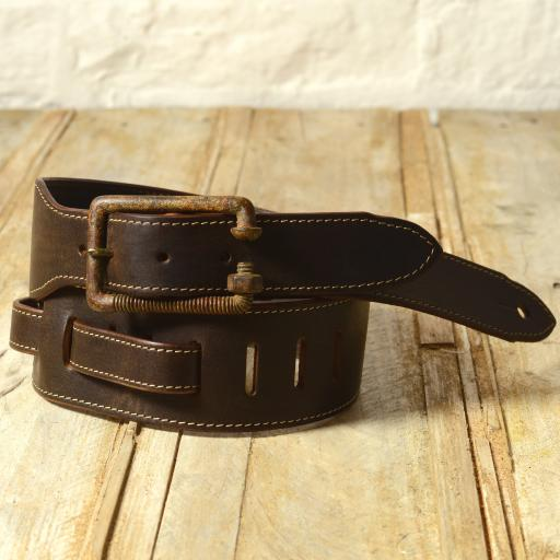 GS78 Leather Guitar Strap With Relic Bolt Buckle - brown