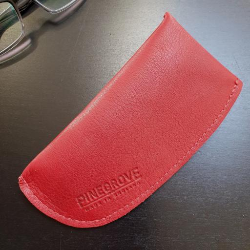 glasses pouch red 154751.jpg