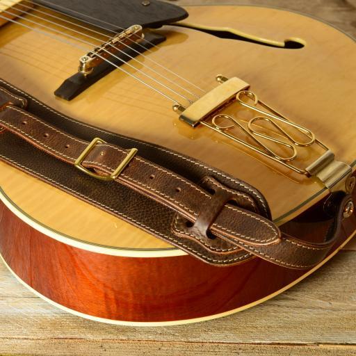 GS56 brown white DSC_0415.jpg