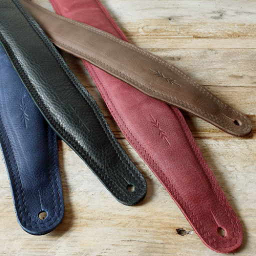 GS61 and BS63 guitar straps by Pinegrove Leather sml.jpg