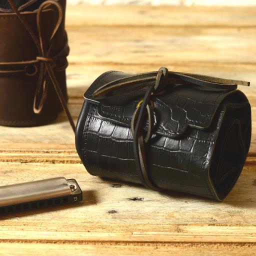 Straight 8 black croc cover DSC_0434.jpg