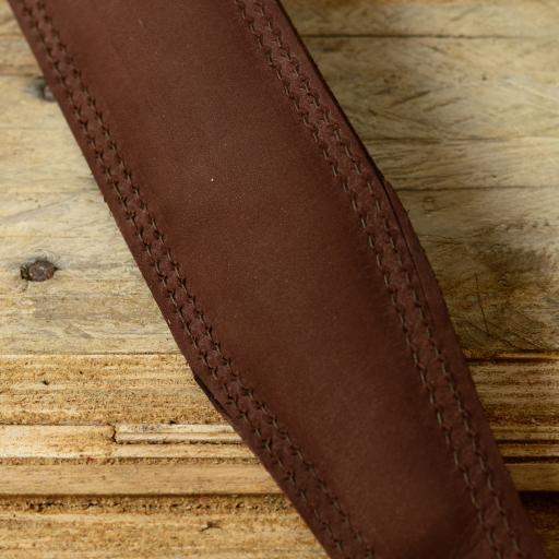 GS61 brown new shape Damage on rear of 786  DSC_0784.jpg