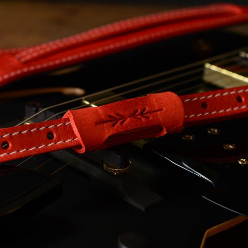 GS24 red DSC_0130.jpg